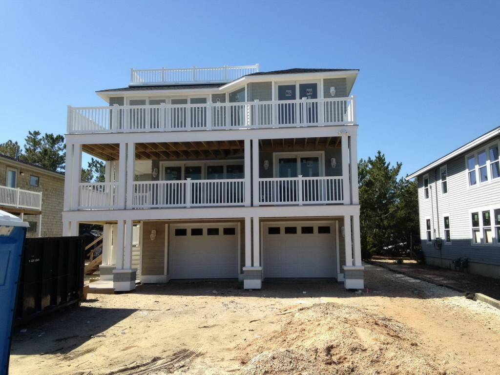 coastal-roofing-barnegat-light-home-vinyl-siding-rails-fiberglass-decks-03