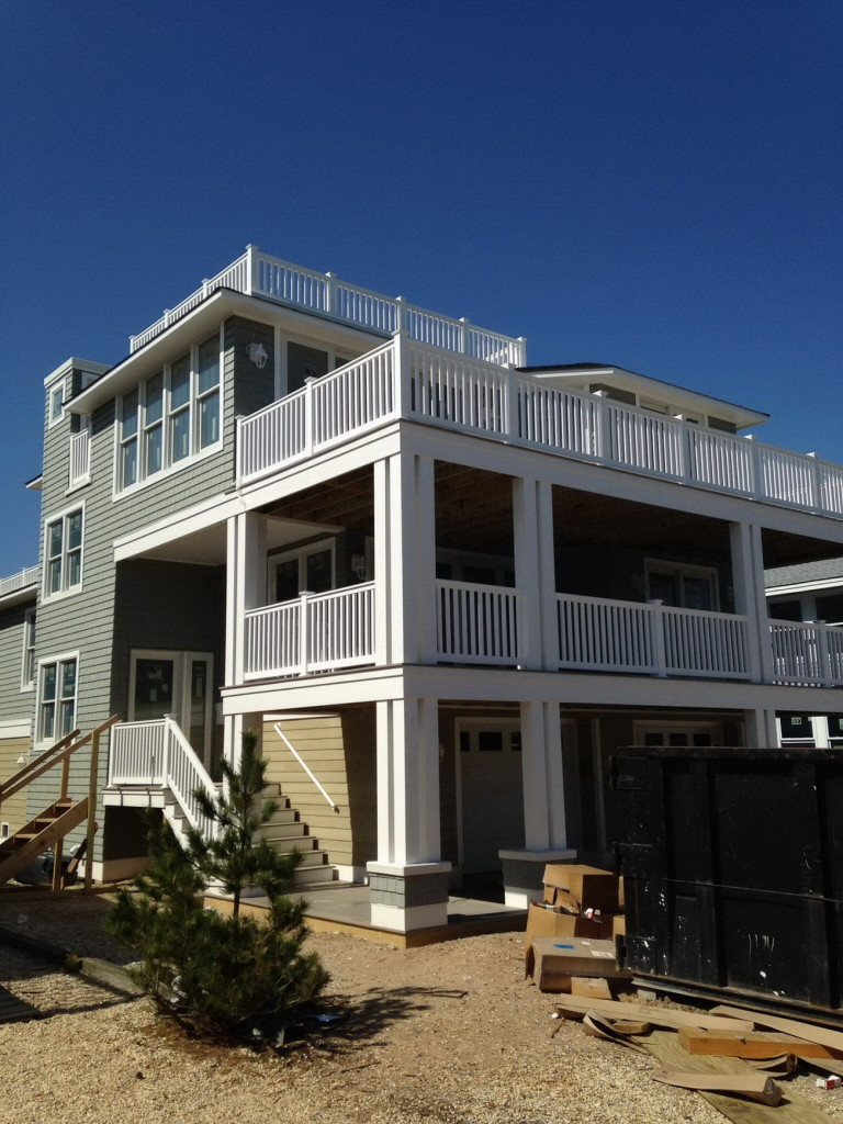 coastal-roofing-barnegat-light-home-vinyl-siding-rails-fiberglass-decks-05
