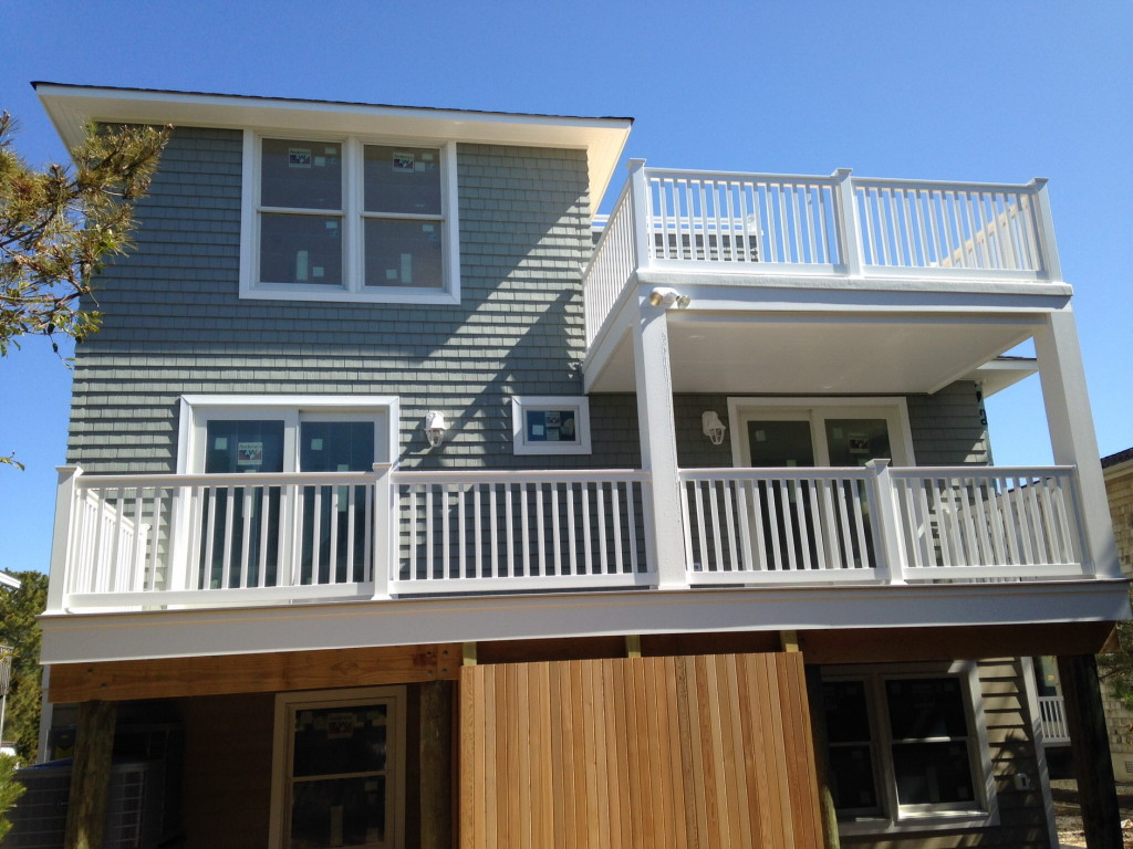 coastal-roofing-barnegat-light-home-vinyl-siding-rails-fiberglass-decks-07